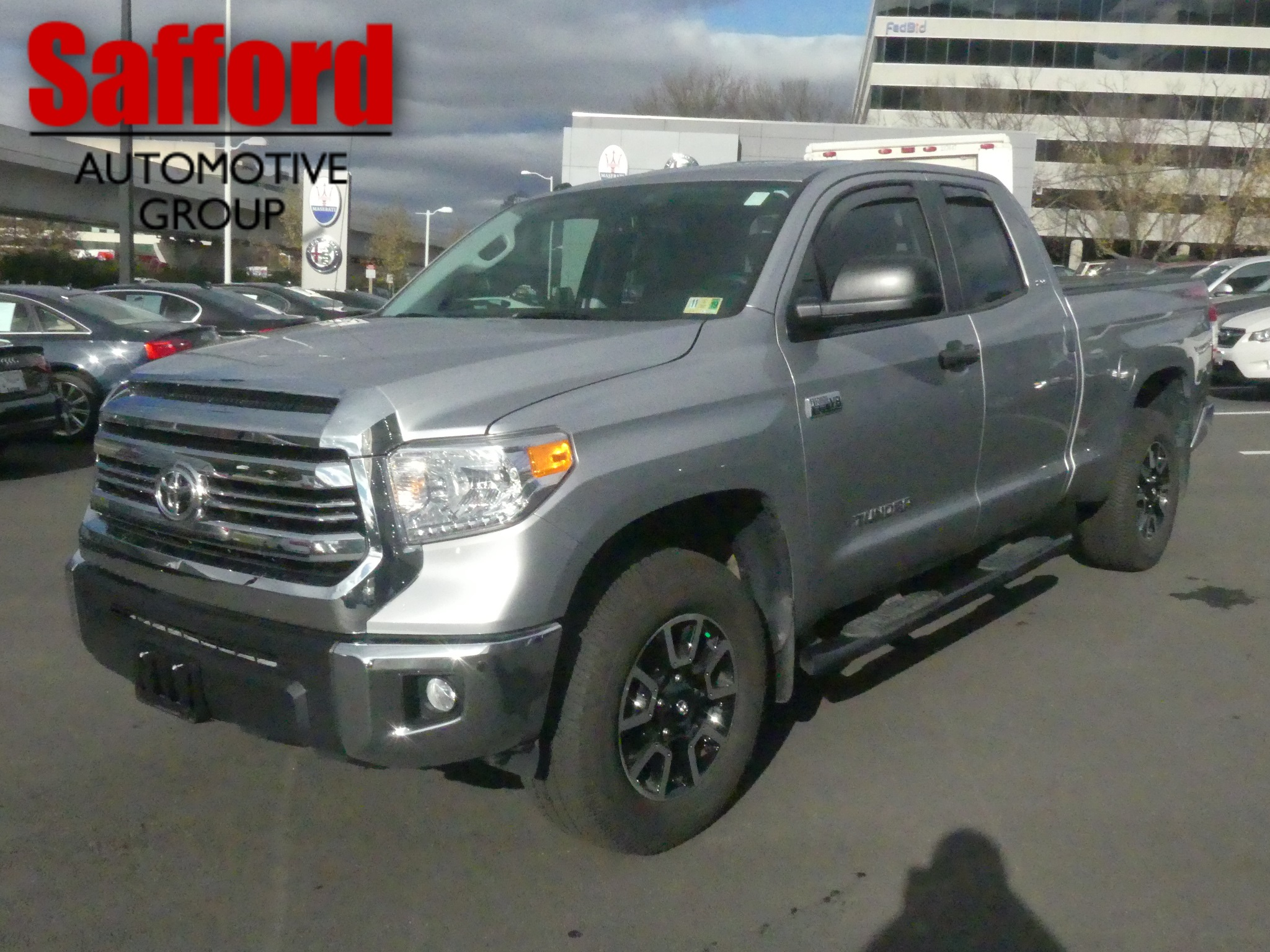 Pre Owned 2017 Toyota Tundra 4wd Sr
